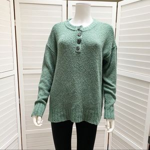 American Eagle Chunky Knit Big Button Sweater S